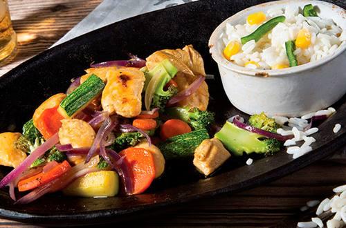 Salteado de Vegetales con Pollo