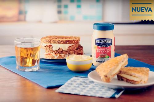 Receta _de_cuaresma_pan_sandwich_de_queso_a_la_Italiana_mayonesa_reducida_en_grasa_Hellmanns