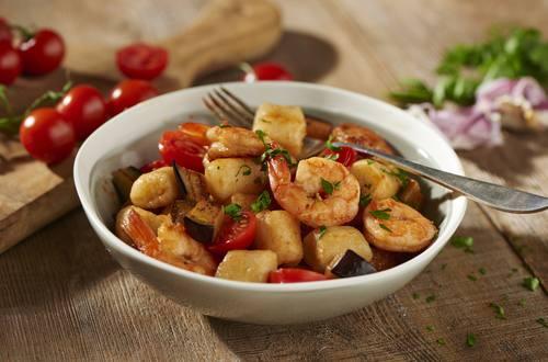 Knorr - Gnocchi mit Melanzani und Garnelen