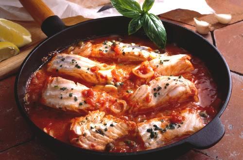 Fisch_alla_Pizzaiola_mit_Kapern_Ausschnitt