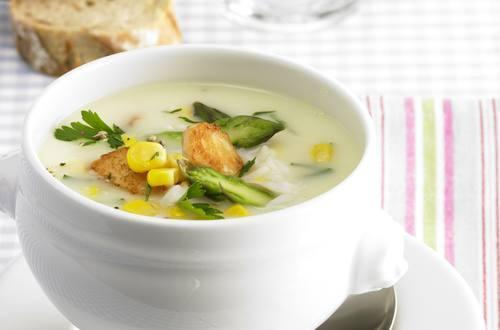 Knorr - Spargelcreme Suppe mit Hähnchen und Mais