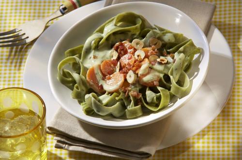 Pasta_mit_Karotten-Carbonara