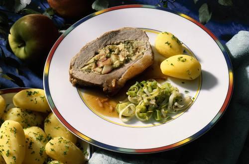 Knorr - Schweinebraten mit Kresse-Apfel-Füllung