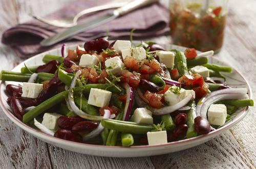 Ensalada de judías verdes, tomate y queso feta
