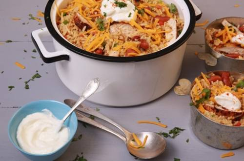 White Cheddar Queso Chicken Chili