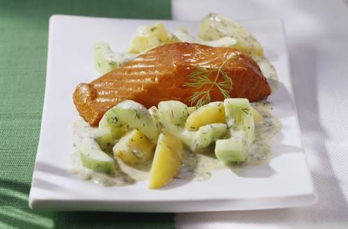 Knorr - Gurken-Kartoffeltopf mit Stremellachs
