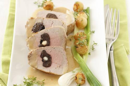 Knorr - Gebratenes Schweinsfilet mit Zwetschgen und Mandeln