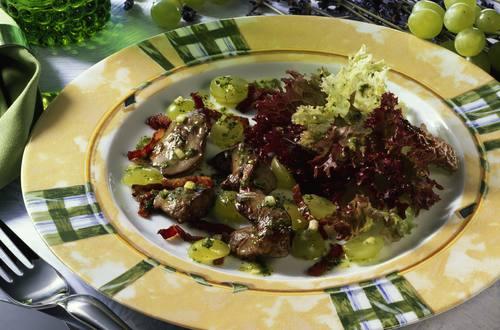 Knorr - Lollo Rosso mit Geflügelleber und Trauben