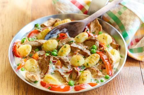 Knorr - Gnocchipfanne mit Filetstreifen