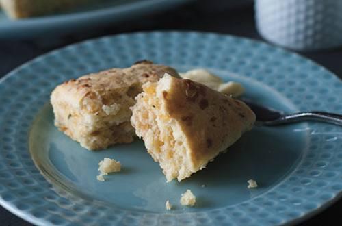 Savoureux scones au fromage et poireau