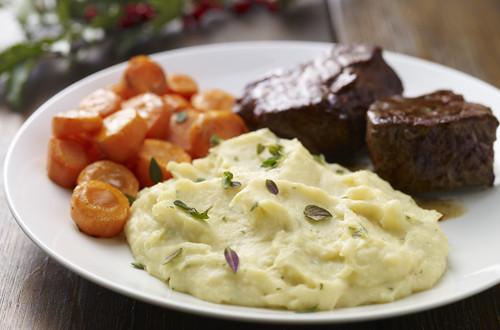 Karfiol-Kartoffelpüree mit Carbonara-Sauce