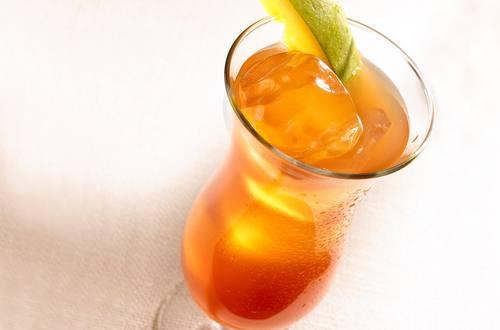 Refreshing Mango Iced Tea