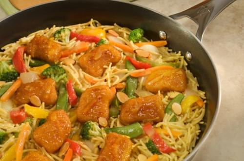 Crispy Orange Chicken Chow Mein