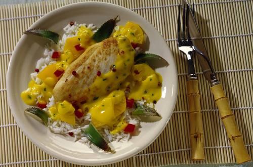 Hähnchenbrustfilets mit Ananas-Curry