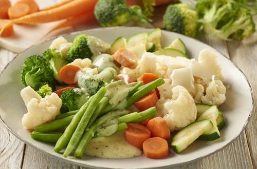 Knorr - Gedünstetes Gemüse mit Hollandaise