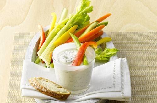 Knorr - Gemüsesticks mit Kräuterquark