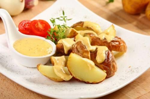 Картошка с соусом по-деревенски