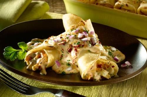 Enchiladas De Pollo Al Chipotle