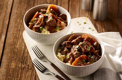 Easy Slow Cooker Beef Bourguignon