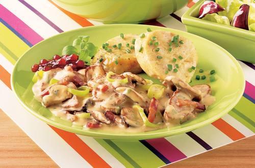 Knorr - Herbstliches Schwammerlragout mit Schweinsfilet und Speck