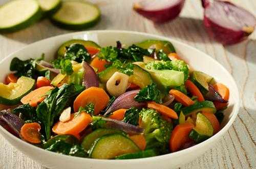Spinazie roerbak met courgette en broccoli