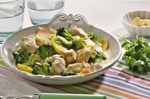 Knorr - Putenfrikassee in Apfel-Broccoli-Sauce