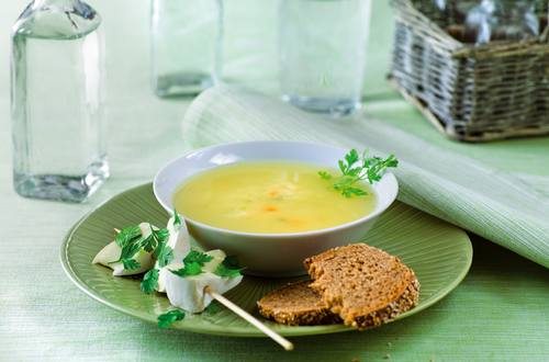Most-Suppe_mit_Kaesespiessli