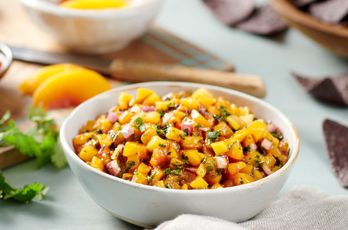 Sweet & Spicy Chunky Peach Salsa
