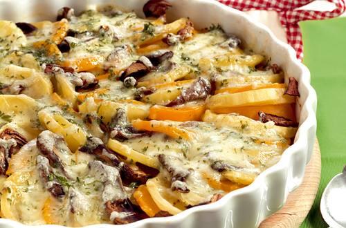 Ostschweizer_Kartoffel-Kuerbis-Gratin