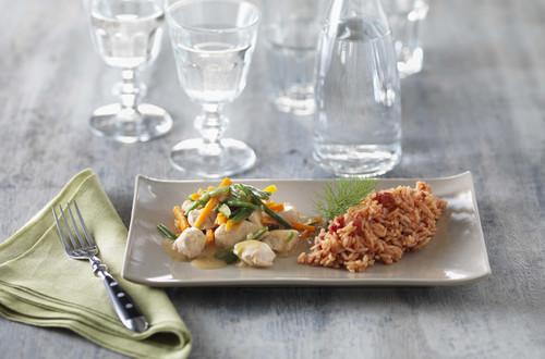 Poulet-Ragout mit Gemüse und Tomatenreis