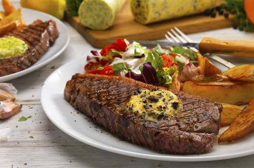 steak with savoury spreads