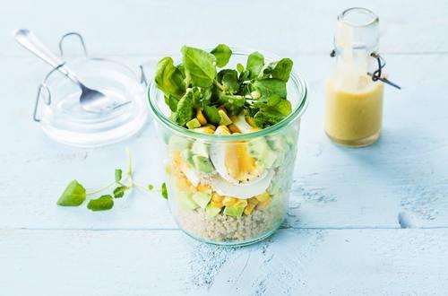 Quinoa met ei salade