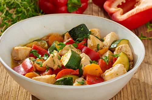 Stoofschotel met kip en groenten
