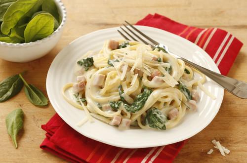 Spaghetti_Carbonara_mit_Spinat