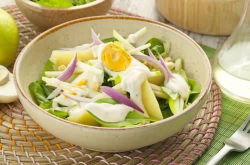 Витаминный салат со шпинатом