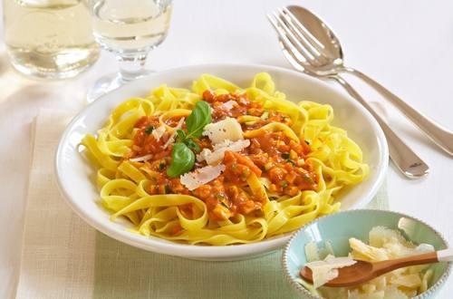 Knorr - Tagliatelle mit Gemüse-Sugo