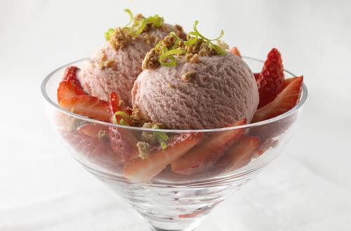 Iced strawberry crunch