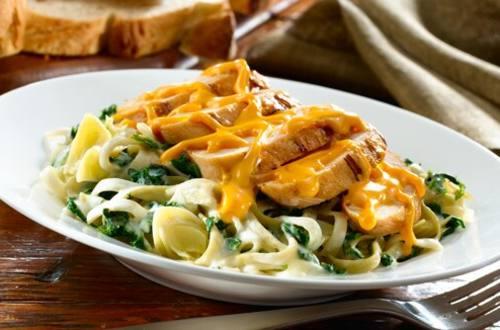 Spinach & Artichoke Chicken with Creamy Pasta