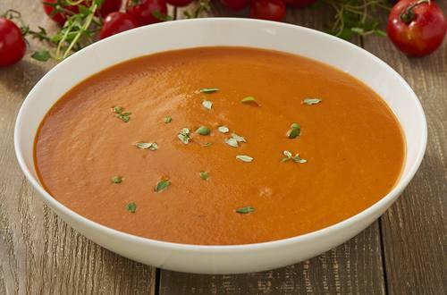 Soupe de tomates à la feta