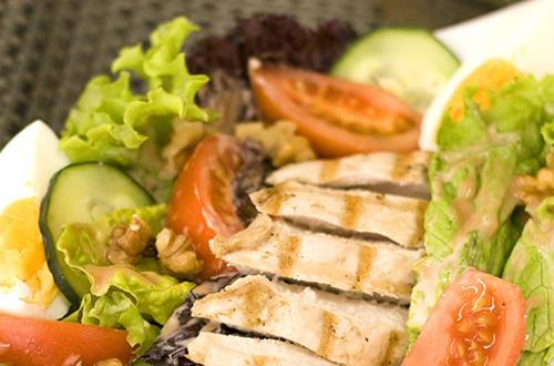 Grilled Chicken Salad with BBQ Mayo Dressing Recipe