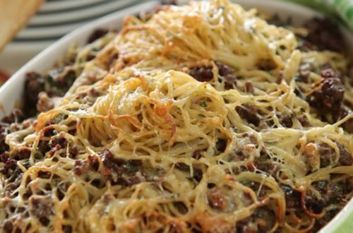 Запеканка из спагетти с мясным фаршем
