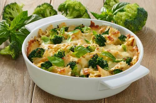 Nudel-Broccoli-Gratin