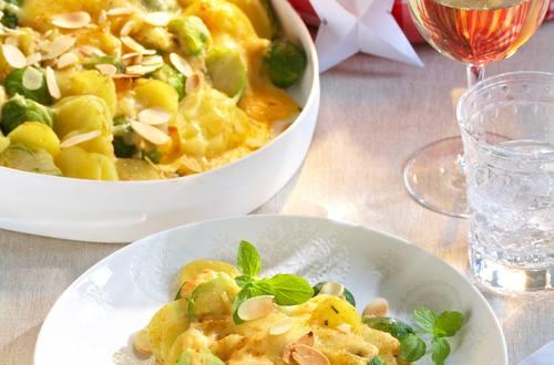 Kartoffel-Rosenkohl-Auflauf mit Mandelblättchen