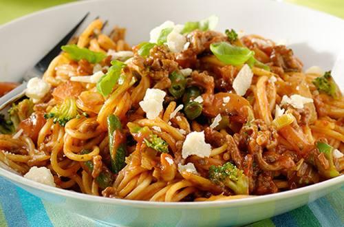 Spaghetti sauce italienne de haché et de légumes