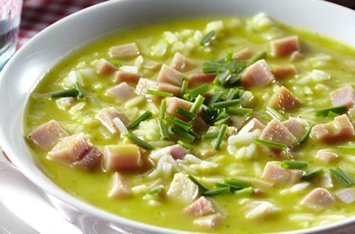 Soupe repas de courgettes et de jambon