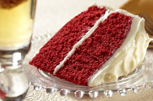 Super Moist Red Velvet Cake with Cream Cheese Frosting