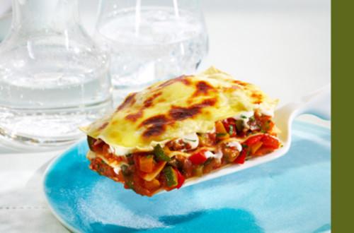 Gemuese-Lasagne_mit_Zuchetti,_Aubergine_und_Peperoni
