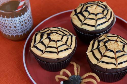 Baby Spider Halloween Cupcakes