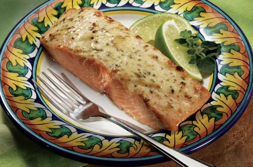 Magico Jugoso Salmon Con Adobo