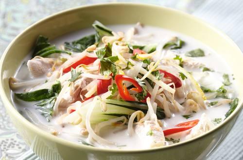 Potage de poulet Thaï